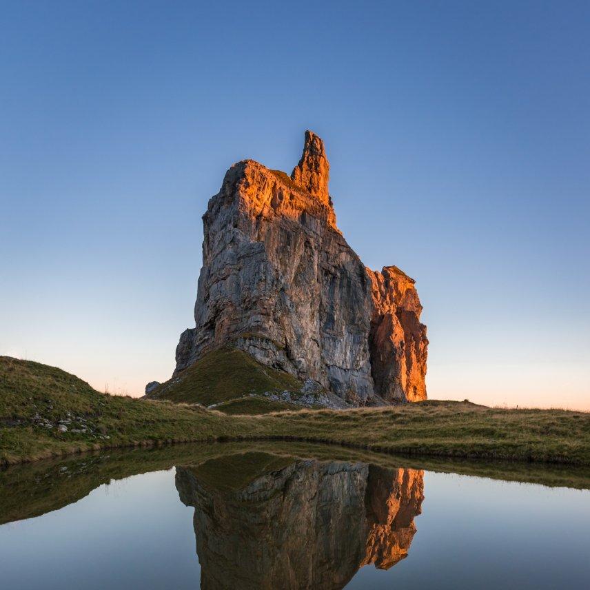 Alpenglow mountain reflection